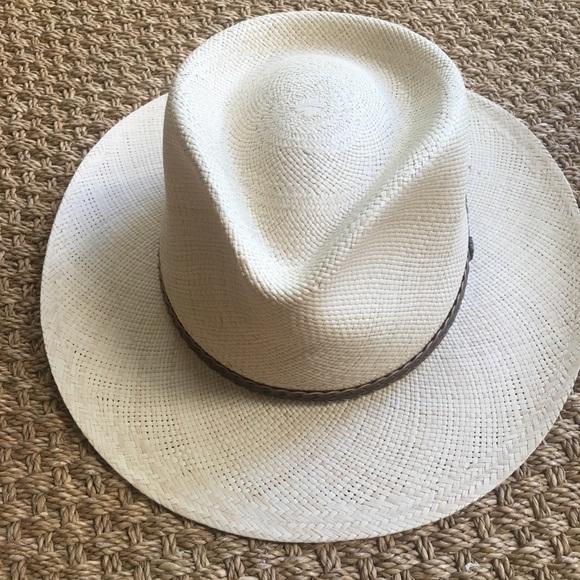 d86bd762 Men's Genuine Panama Tommy Bahama Hat. M_5d0052bd248f7a2fe74f0015